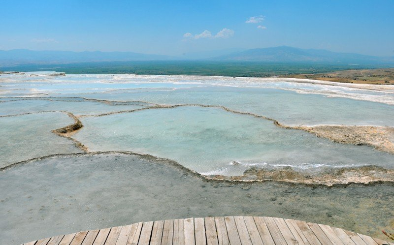 Thermal baths as therapeutic remedy